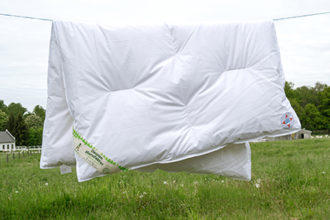 Kinderdecke Bettdecke, Winter, 100x135cm, Gänsedaune, atmungsaktiv und luftdurchlässig, kein Lebendrupf
