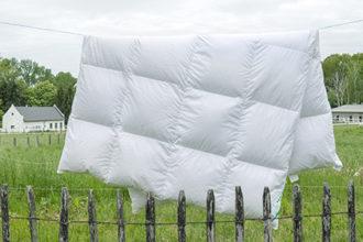 Daunenbettdecke Winter Kammerbett für Übergangszeit geeignet, chemiefrei gereinigt, ungebleicht