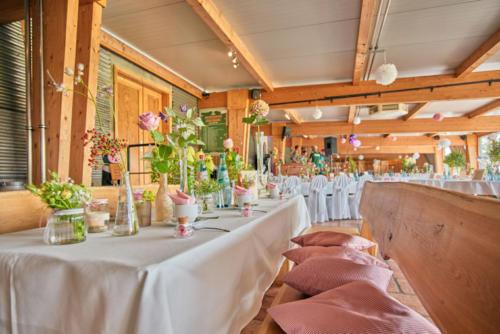Heiraten Festtafel Feierlichkeit in Wermsdorf